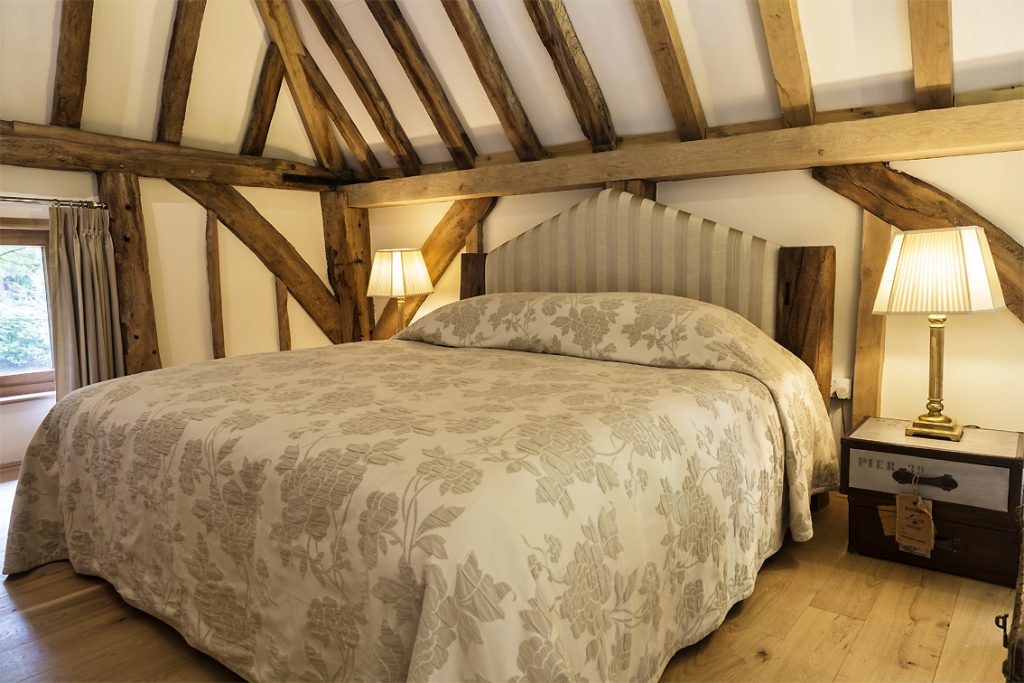 Cowshot Manor barn- bedroom area